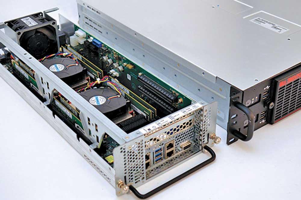 PCIe Slots in a Blade Server 2