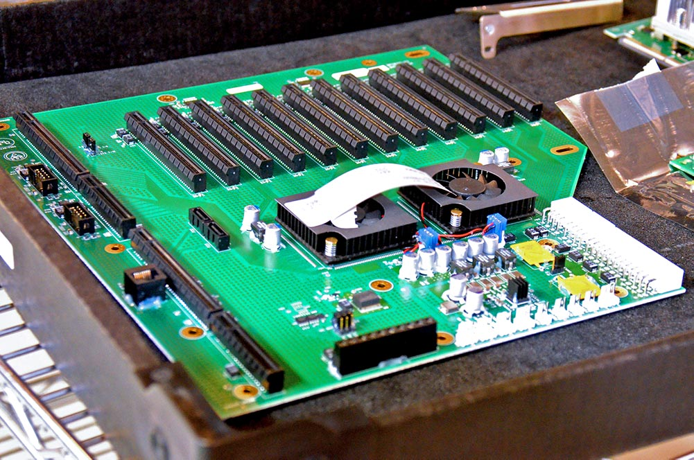 BPG8155 backplane by Trenton Systems